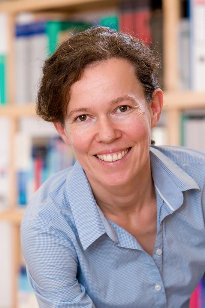 Dr. Susanna Oczko